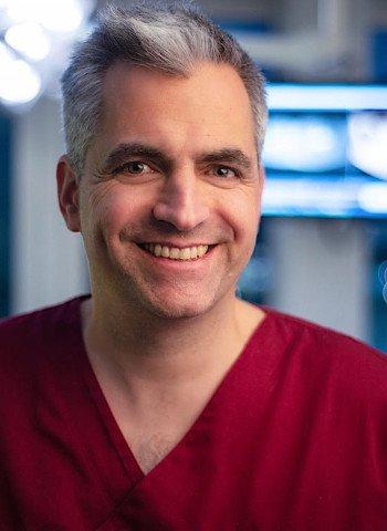 Dr. med. Oliver Zernial