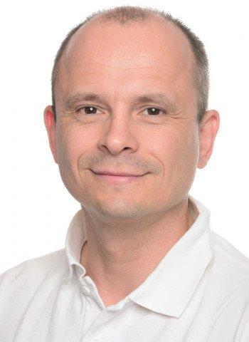 Dr. Dr. Anders Henningsen
